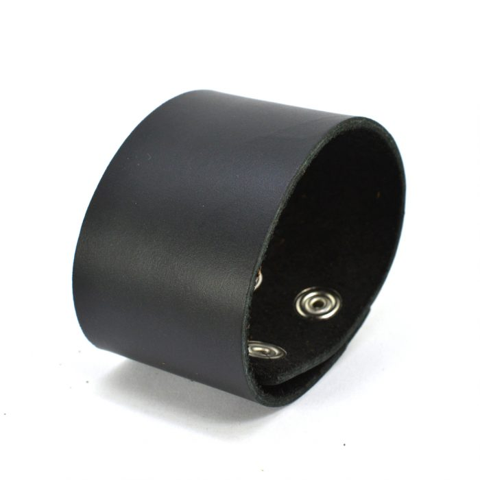 simple thick cuff