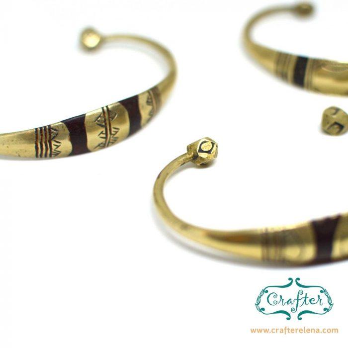 Brass tuareg bracelet detail