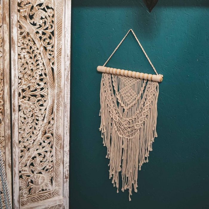 Macrame Wall Hanging Lifestyle 3 CrafterElena-3