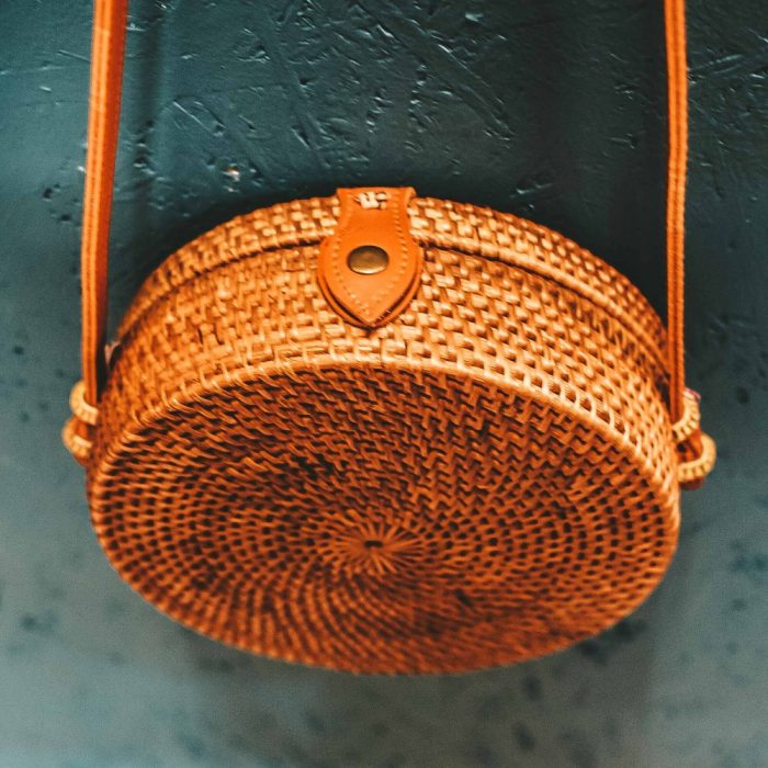 Round Rattan Bali Bag brown detail